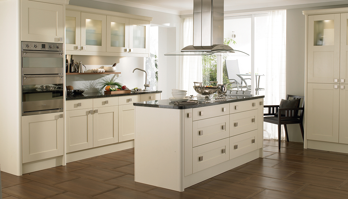 Kitchen design inpsiration lamont kitchens bedrooms for Cream shaker style kitchen cabinets
