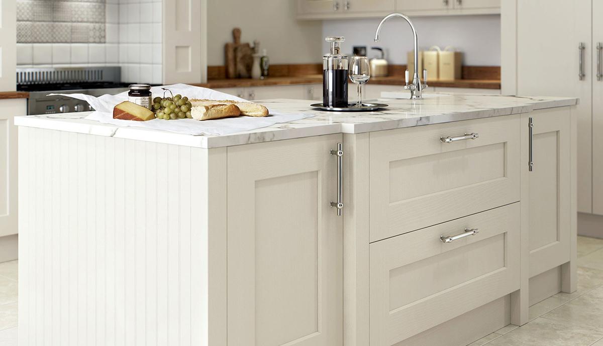 Groß Weiß Shaker Küchenschränke Uk Galerie - Küche Set Ideen ...